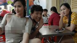 """Đông Nhi gây tranh cãi vì sự cố váy áo """"phản chủ"""", hớ hênh khi đi ăn với Trấn Thành"""