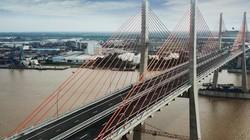 """Có một cây cầu với cách giải phóng mặt bằng """"không giống ai"""""""