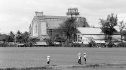 Ảnh độc nhà thờ Công giáo lớn nhất Việt Nam 50 năm trước