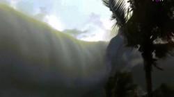 """Video: Đám mây """"tận thế"""" trải dài hàng trăm km khiến người dân hãi hùng"""