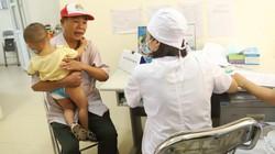 Hơn 400 người dân đi khám vì lo ngộ độc thủy ngân vụ cháy Rạng Đông