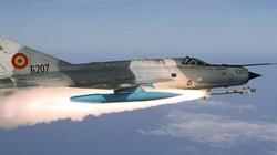 """Lý do """"quan tài bay"""" MiG-21 của Nga hơn đứt """"chim ăn thịt"""" F-22 tối tân của Mỹ"""