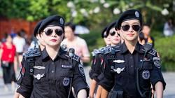 Cận cảnh diễn tập đẹp mắt của hơn 2.000 sĩ quan cảnh sát ở Trung Quốc