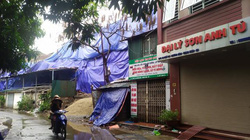 Vụ cháy Công ty Rạng Đông: Người dân tháo chạy, phố Hạ Đình vắng như chùa Bà Đanh