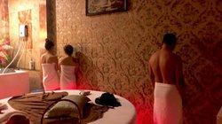 Tiếp viên massage khoả thân kích dục cho khách ở Sài Gòn với 'giá mềm'