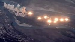 Video Mỹ trút 40 tấn bom san phẳng hòn đảo bị IS chiếm đóng