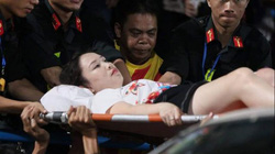 Vụ nữ CĐV bị bắn pháo sáng: Chủ tịch Hà Nội yêu cầu công an vào cuộc