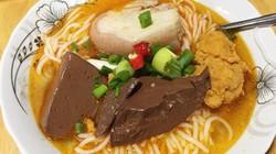 Quán bún bò, vả trộn đặc trưng ở đất Huế nhất định phải thử