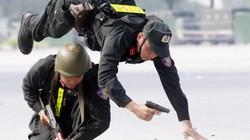 Mãn nhãn với màn trình diễn võ thuật, chống khủng bố của CA Hà Nội