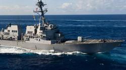 Khu trục hạm Mỹ áp sát đảo nhân tạo trái phép ở biển Đông, thách thức TQ