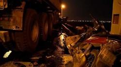 Nóng 24h qua: Đâm văng người đi xe máy xuống sông Hồng, tài xế container khai gì?