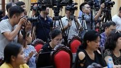 NÓNG: Hà Nội họp báo thông tin vụ hỏa hoạn Công ty Rạng Đông