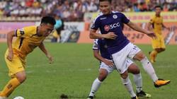 """Hà Nội FC vô địch trước 2 vòng đấu, HLV SLNA """"tâm phục, khẩu phục"""""""