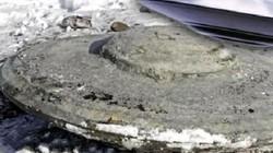 """Tìm thấy """"đĩa bay"""" chôn sâu dưới lòng đất ở mỏ than Nga"""