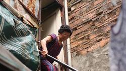 Ảnh, clip: Căn nhà gần 10 m2 trên nóc khu vệ sinh ở phố cổ Hà Nội