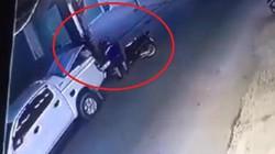 VIDEO: Mang cả ô tô bán tải đi trộm... xe máy SH