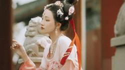 Gái ế thành công nhất lịch sử, 44 tuổi mới cưới, sinh một nữ nhi đặc biệt: Võ Tắc Thiên