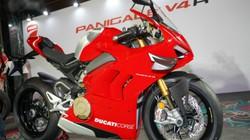 Lóa mắt trước siêu phẩm 2019 Ducati Panigale V4 R giá trên 2 tỷ đồng