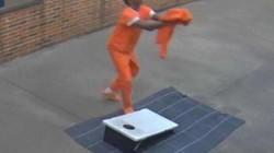Mỹ: Máy bay không người lái ngang nhiên thả điện thoại, ma túy cho tù nhân