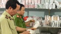 Thu giữ số lượng lớn túi xách nhái nhãn hiệu nổi tiếng