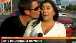 Đang tác nghiệp, nữ phóng viên bị người đàn ông lao vào hôn hít