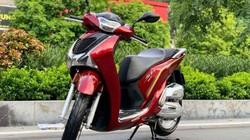 Bảng giá xe ga Honda SH, tiếp tục tăng bất chấp giá chênh cao sẵn có