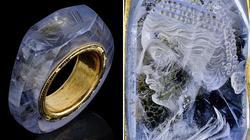 Bí ẩn gương mặt người đẹp khắc trên nhẫn sapphire cổ 2.000 năm của hoàng đế La Mã