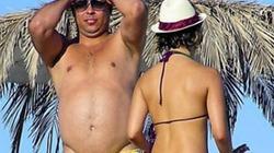 """Ronaldo """"béo""""  chuyển sang chơi... sumo"""