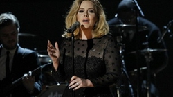 """Adele sẽ hát ca khúc phim """"Điệp viên 007"""""""