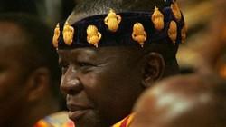 Vua nước Ghana bị mất cắp vương miện ở Na Uy