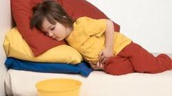 Cách khắc phục tình trạng táo bón ở trẻ