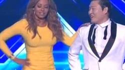 Clip Mel B đi giày cao gót, mặc váy ngắn nhảy Gangnam Style cực sung