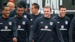 FA cấm cầu thủ dùng mạng xã hội trước trận đấu