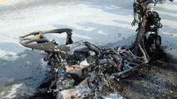 Honda Lead vừa mua bỗng cháy trơ khung