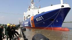 Hạ thủy tàu Cảnh sát biển 8001