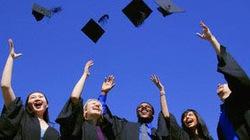 Sinh viên ĐH Y dược TP.HCM: 18 năm vẫn chưa ra trường