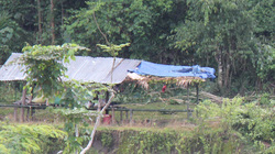 Quảng Ngãi: Vết nứt ở núi có từ 3 năm trước