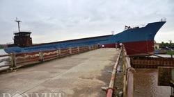 Vụ cầu ngàn tấn cắt đôi cầu Diêm Điền: Xây cầu tạm cho dân đi