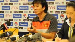 HLV Phan Thanh Hùng khen tuyển thủ Việt Nam
