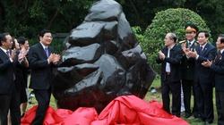 Nghệ An cung tiến linh vật đá tôn tạo Lăng Bác Hồ