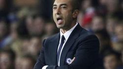 Di Matteo chỉ trích hàng thủ Chelsea