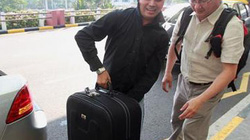 Singapore: Lái taxi kiếm trăm triệu đồng mỗi tháng