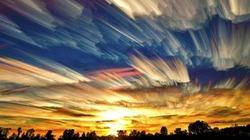 Ngỡ ngàng bầu trời tráng lệ như cảnh phim viễn tưởng