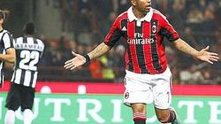 Clip: AC Milan nhấn chìm Juventus tại San Siro