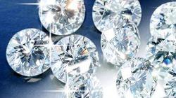 Chủ nhà phát hiện bị trộm 54 viên kim cương