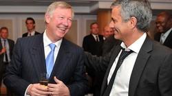 "Ferguson muốn trao ""ấn soái"" M.U cho Mourinho"