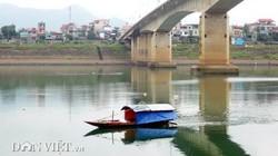 Sông Đà mùa nước xanh…
