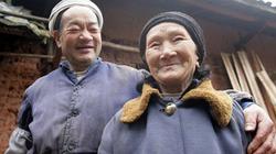 Cụ ông dành cả cuộc đời đẽo 6.000 bậc thang tình yêu tặng vợ