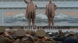 Triều Tiên chi 40 triệu USD để ca ngợi lãnh tụ