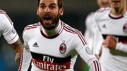 Hàng công rực sáng, AC Milan ngược dòng ấn tượng